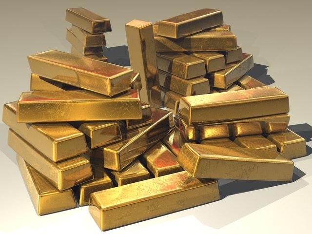 stos sztabek złotwa o wadze 1 kg